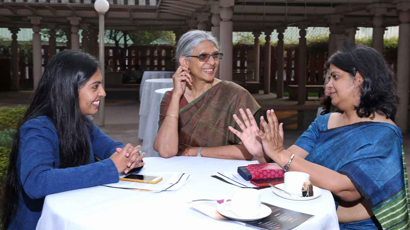 Kapavarapu Ganga (centre) and Meenakshi Sharma (right) at EPoD's Gender Dialogue event, March 2016